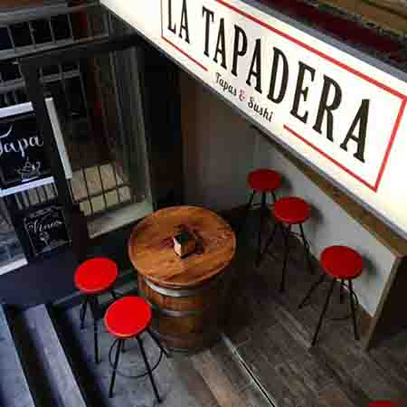 Podríamos definir La tapadera como un restaurante de comida exótica con lo mejor de aquí.